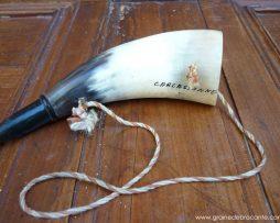 souvenir carcassone - trompe en corne