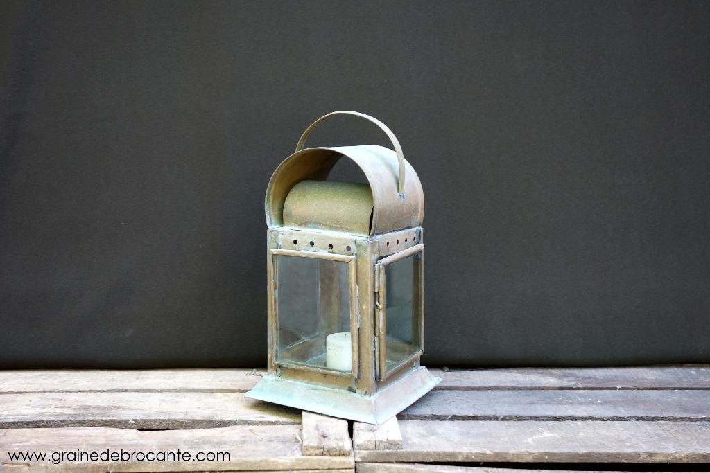 lanterne en cuivre avec porte bougie. Black Bedroom Furniture Sets. Home Design Ideas