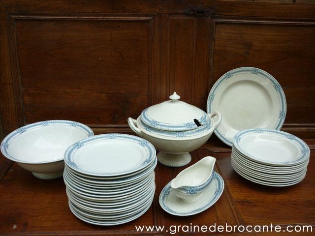 Images d'Alsace le service de table Obernai de Henri Loux Formes et décors