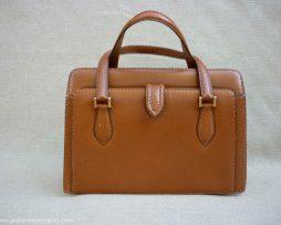 sac à main en cuir ancien