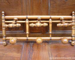 Porte manteaux et chapeaux sculpté façon bambou