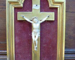 Crucifix ivoire