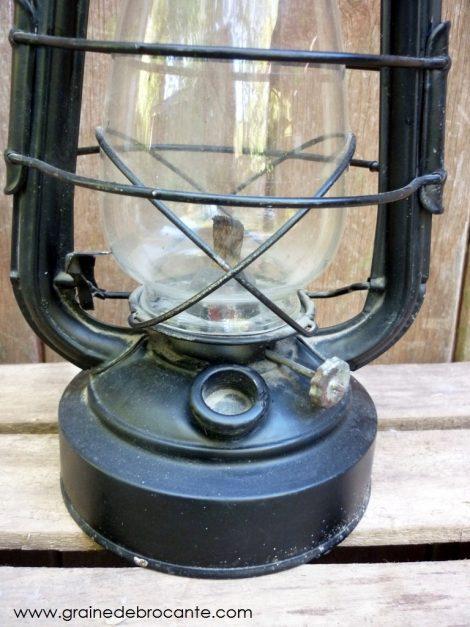 lampe à pétrole tempête années 50