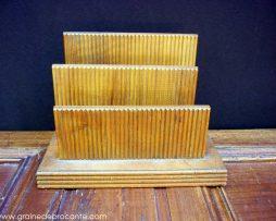 Porte lettres en bois vintage