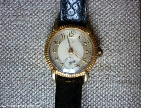 montre de femme en plaqué or de marque Witt