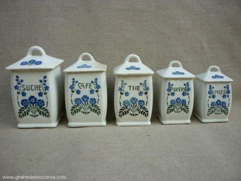 serie de pots à épices en faience ancienne