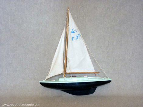 bateau jouet vintage