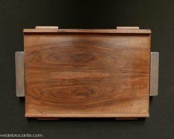 plateau de style scandinave en bois et métal