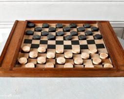 jeu de dames ancien en bois