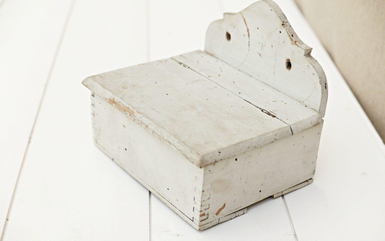 Distributeur de papier toilette ancien en bois r ve de - Distributeur papier toilette original ...