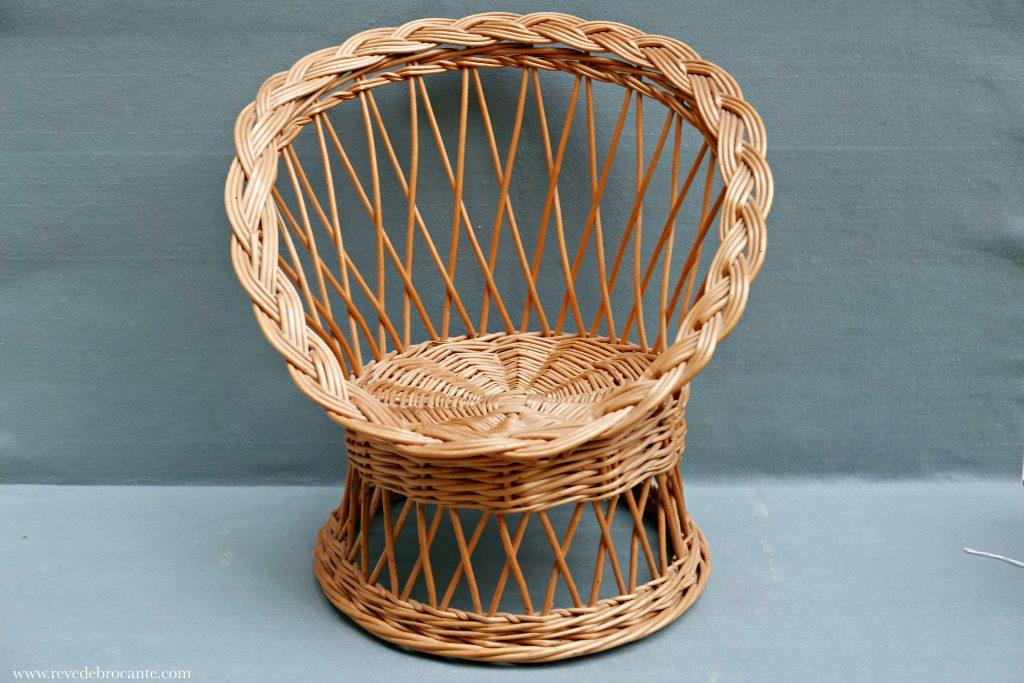 petit fauteuil enfant en osier vintage r ve de brocante. Black Bedroom Furniture Sets. Home Design Ideas
