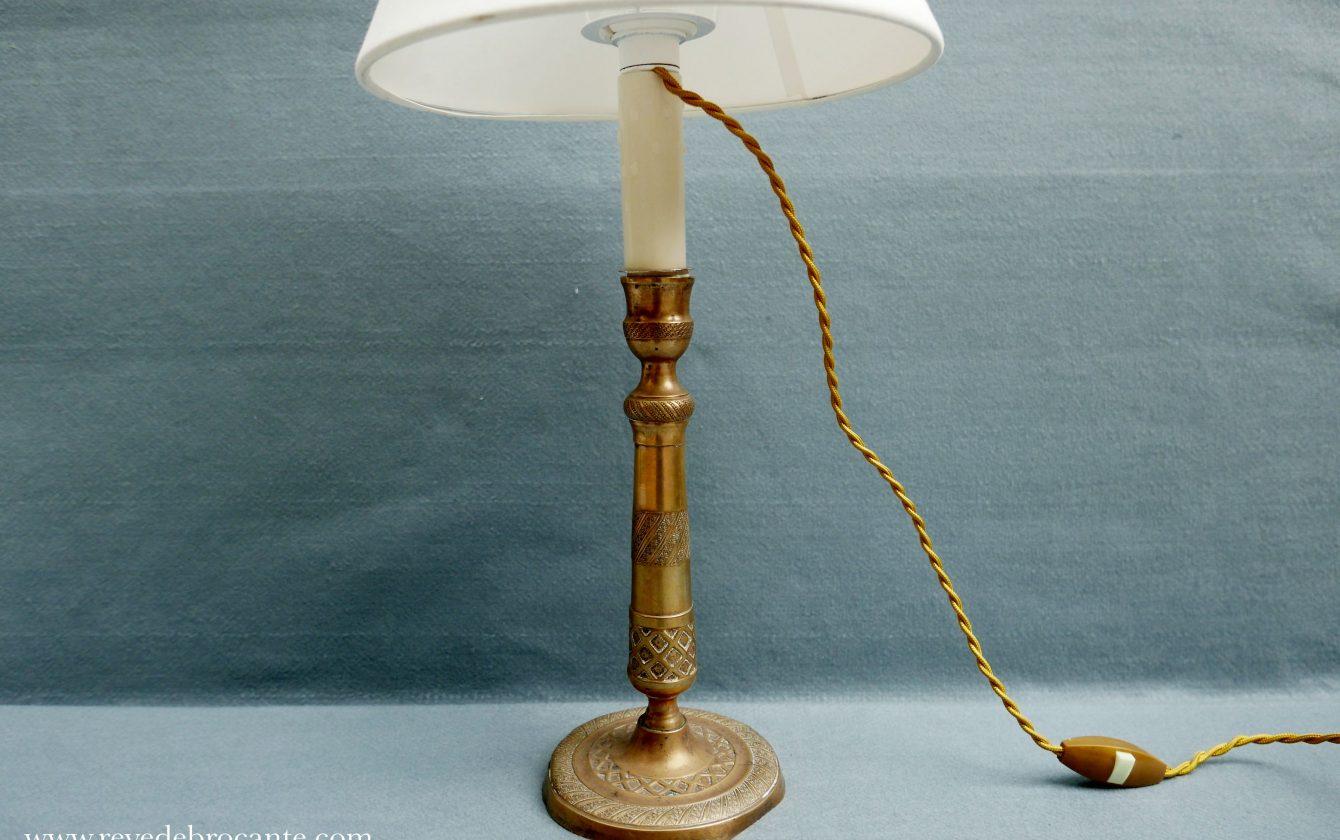 Lampe Ancienne En Laiton Dore Reve De Brocante