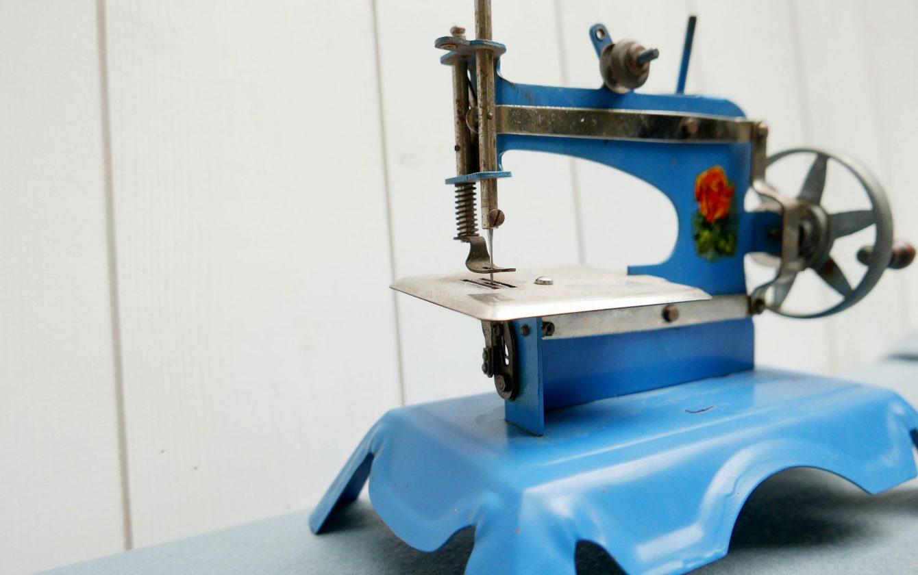 Machine coudre ann es 50 60 r ve de brocante for Machine a coudre 60