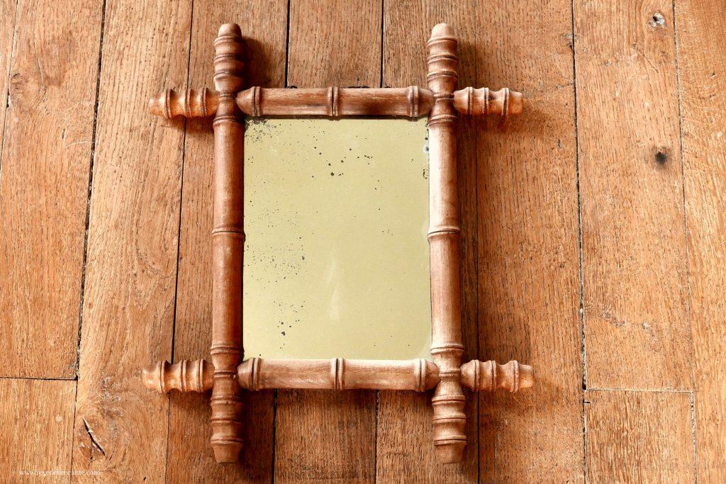 miroir ancien avec son miroir biseaut style bambou. Black Bedroom Furniture Sets. Home Design Ideas