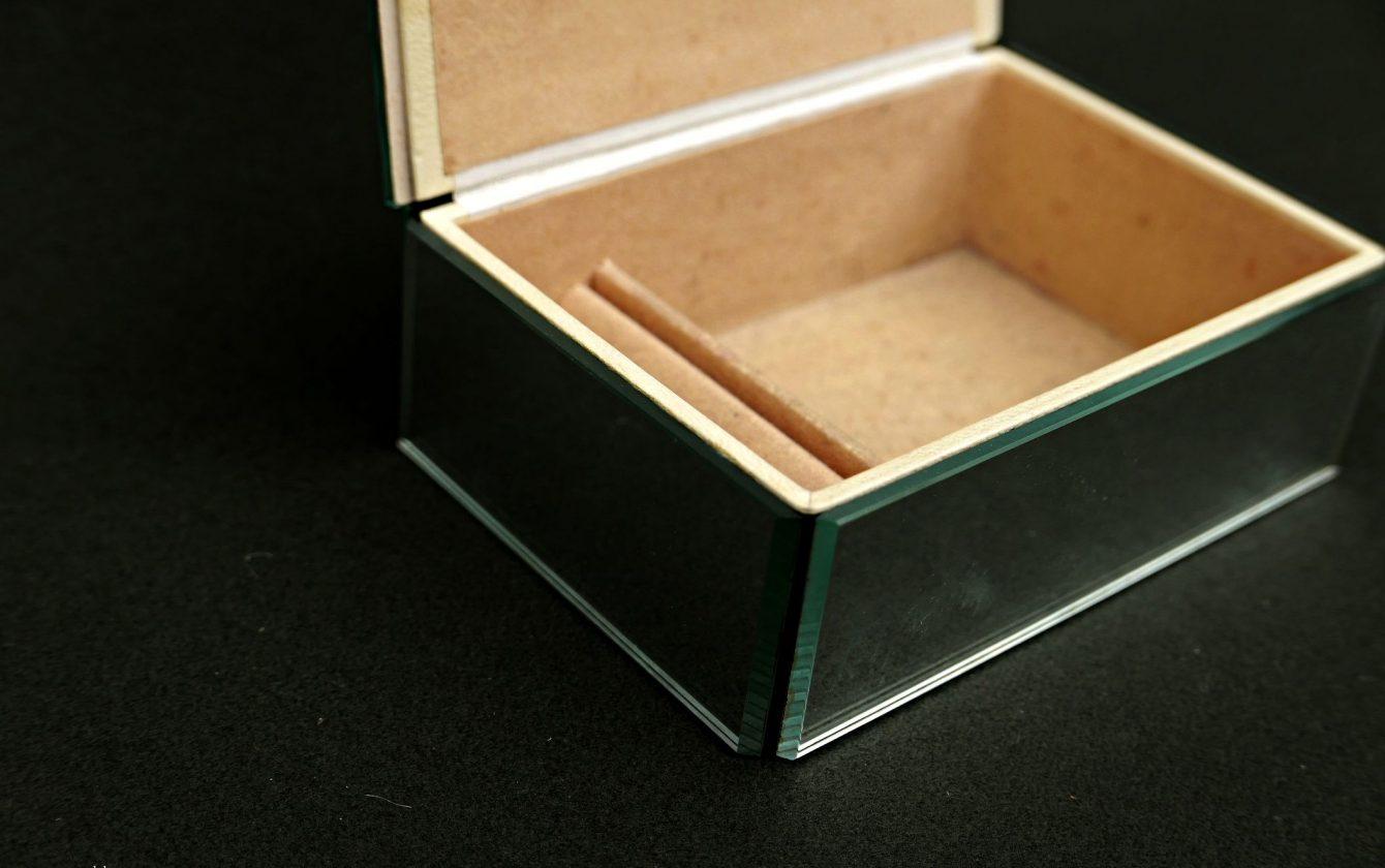 Boite bijoux miroir r ve de brocante - Miroir boite a bijoux ...