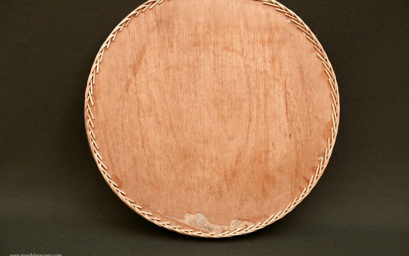 Plateau rond bois et osier vintage r ve de brocante for Plateau rond bois