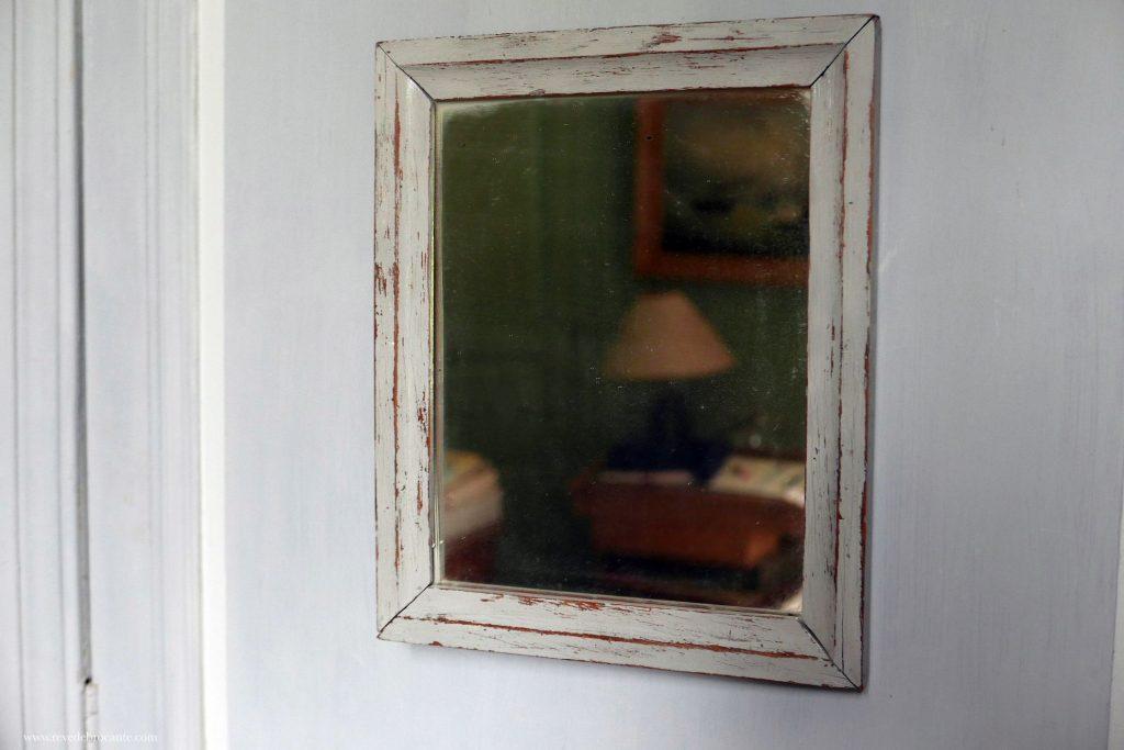 Miroir en bois gris clair r ve de brocante for Miroir bois gris